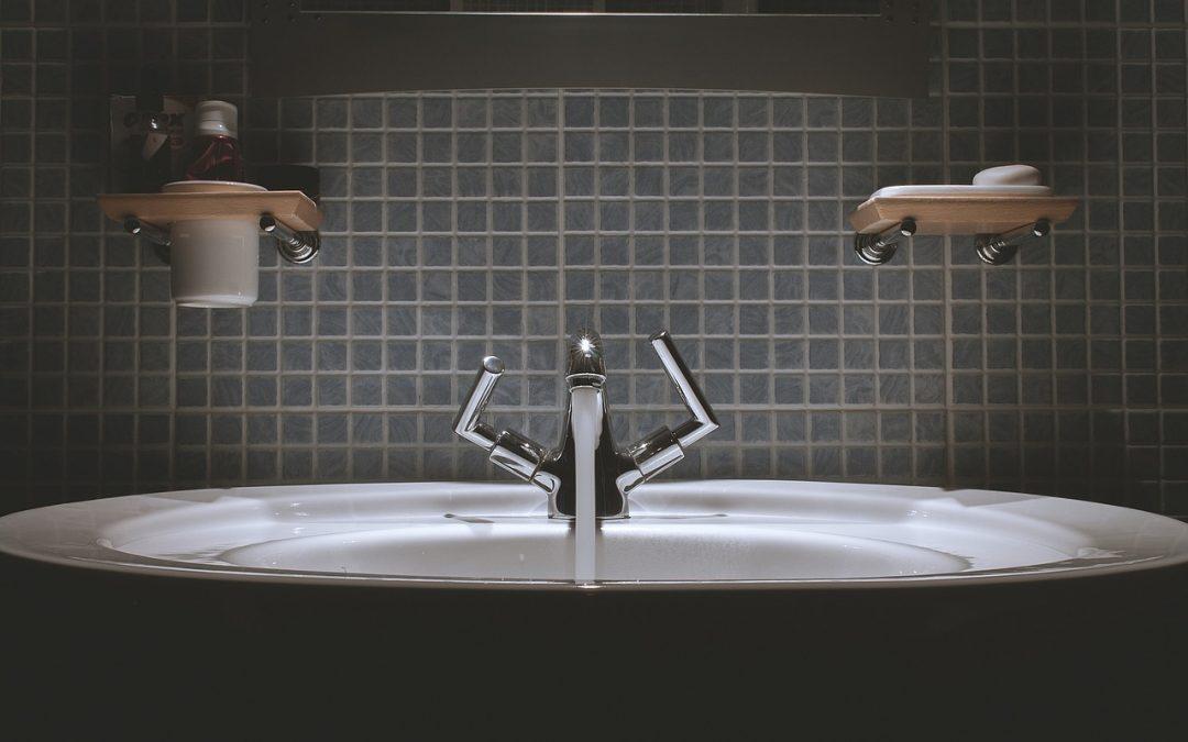 Astuces simples pour rénover une salle de bain